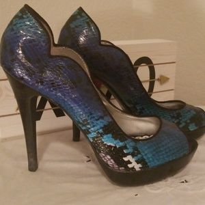 Size 6 Lulu Townsend Heels in Blue, Teal & Purple